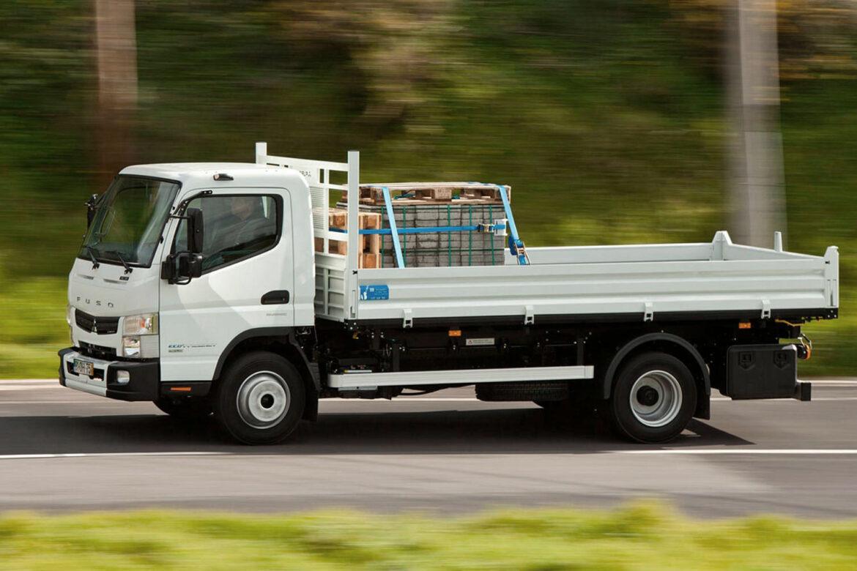 Цена аренды бортового грузовика?